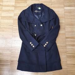 Zimní kabát Guess