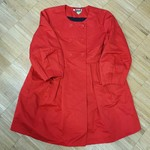 Červené paleto DKNYC