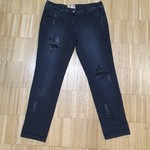 Černé jeans s kamínky